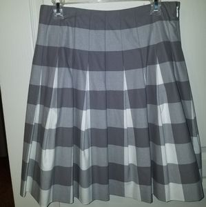 Liz Claiborne Pleated Gray and White Plaid Skirt